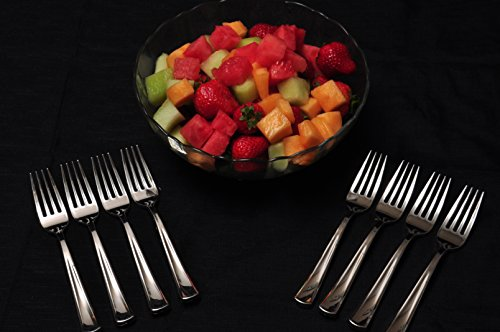 100 Silver Plastic Forks Premium Quality Disposable Silverware Polished, Cutlery Perfect Heavy Duty Flatware for Parties, Weddings, and Catering Events Heavy Duty Utensils