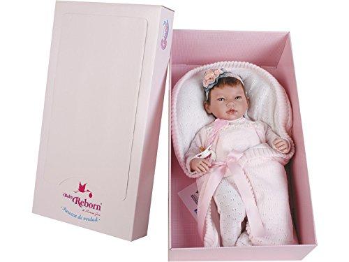 Munecas Guca 10066 - Muñeca de bebé con diseño de Ainoa con un Traje Especial y mantita, 46 cm