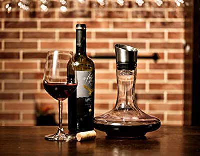 Wine Decanter With Aerator Wine Accessories , Wine Decanter Built-in Aerator Pourer