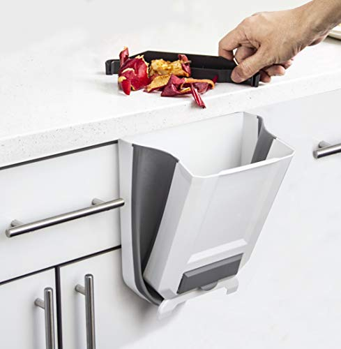 Hanging Trash Can for Kitchen Cabinet Door - Small Over The Door Wastebasket - Hanging Door Mounted Kitchen Garbage Trash Can - Mini Garbage Container for Cabinet/Bedroom/Bathroom