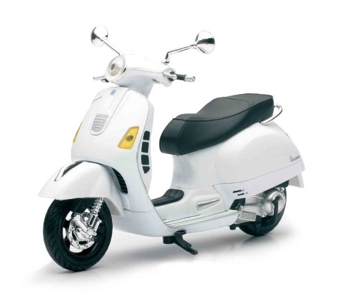 Vespa GTS 300 Super Die Cast Replica Model (Color May Vary)