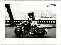 ポスター フランク ホーヴァット Couple on Harley Rio de Janeiro 1963 額装品 アルミ製ベーシックフレーム(ライトブロンズ)