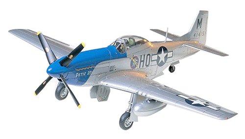 タミヤ 1/48 傑作機シリーズ No.40 アメリカ陸軍 ノースアメリカン P-51D マスタング プラモデル 61040