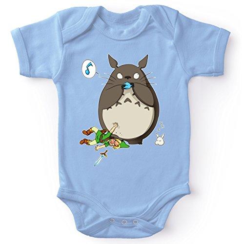 Okiwoki Body bébé Manches Courtes Garçon Bleu Parodie Zelda - Totoro et Link - Ni Vu ni connu.(Body bébé de qualité supérieure de Taille 9 Mois - imprimé en France)