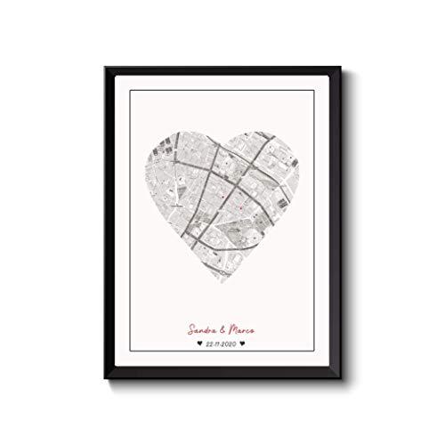 Personalisiertes Poster Landkarte Stadtplan Städte-Karte als Herz, Ihre Namen, Geschenk Partner Männer, schwarz/weiß Jahrestag Hochzeit