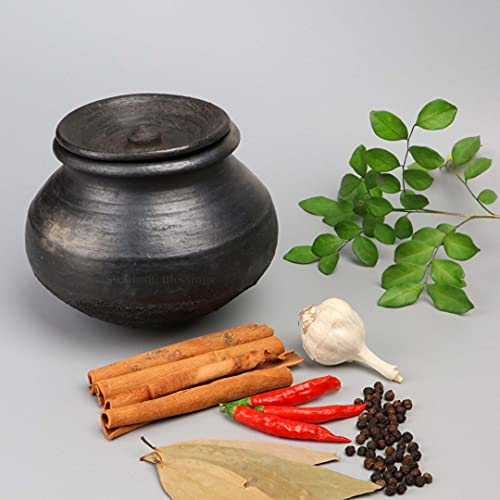 Swadeshi Blessings HandMade Exclusive Range Unglazed Clay Handi/Earthen Pot for Cooking with Lid (1.5L, Black)(with Natural Firing Shade & Mirror Shine) + FREE PALM LEAF STAND
