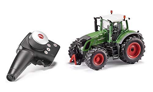 siku 6880, Ferngesteuerter Fendt 939 Traktor, 1:32, Inkl. Fernsteuermodul, Metall/Kunststoff, grün, Batteriebetrieben, Kompatibel mit Anbaugeräten