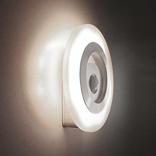 VANKER Smart Sensor LED Nuit Lumière Automatique de la Batterie de Contrôle de la Lampe Murale Placard Blanc