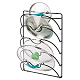 mDesign Soporte de pared vertical para utensilios y menaje de cocina – Práctico organizador de tapas de ollas y sartenes – Útil organizador de cocina de metal – negro