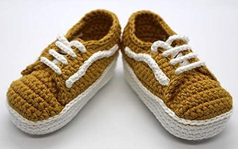 Patucos bebé. Crochet. Unisex. Estilo Wans. 100% algodón. Tallas de 0 hasta 9 meses. Hechos a mano en España. Regalo para bebé. Deportivas. Patukos.