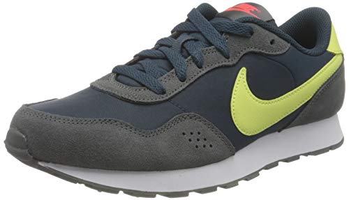 Nike MD Valiant (GS), Scarpe da Ginnastica, Deep Ocean/Limelight-Iron Grey-BRT Crimson, 38.5 EU