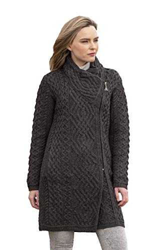 SLEEK AND UNIQUE: This beautiful double breasted coat has a side zip along the left hand side of the garment, and also features insert pockets. EMBRACE THE CULTURE: The use of Traditional Irish Stitches throughout our garments ensures we keep our lon...