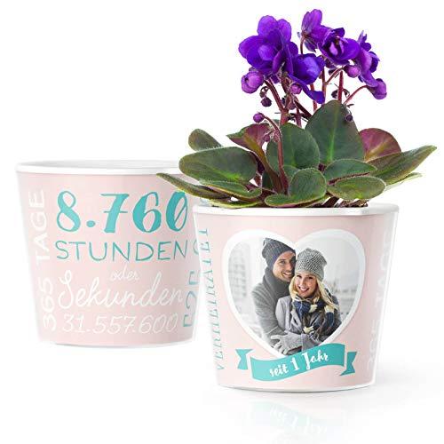 1.Hochzeitstag Geschenk - Blumentopf (ø16cm) | Geschenke zur Papierhochzeit für Mann oder Frau mit Herz Bilderrahmen für 1 Foto (10x15cm) | Glücklich Verheiratet - 1 Jahr