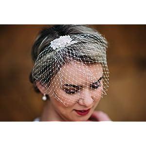 10-26 Haarkamm Brauthaarschmuck elfenbein Schleier Brautkleid Hochzeit Frisur wedding Hairdress