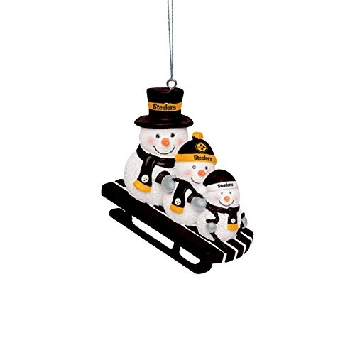 Forever Collectibles UK PITTSBURGH STEELERS SNOWMEN SLEDDING ORNAMENT