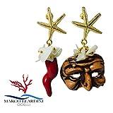 Orecchini in zama e arte Napoletana, corna e maschera pulcinella in ceramica, fatti a mano e chips di madreperla.
