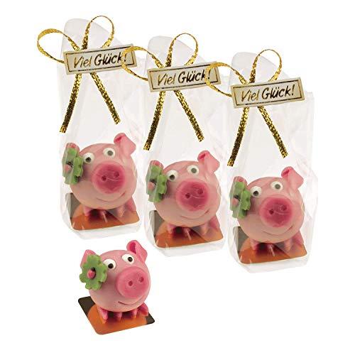 4 Schweinchen mit Kleeblatt auf Marzipan
