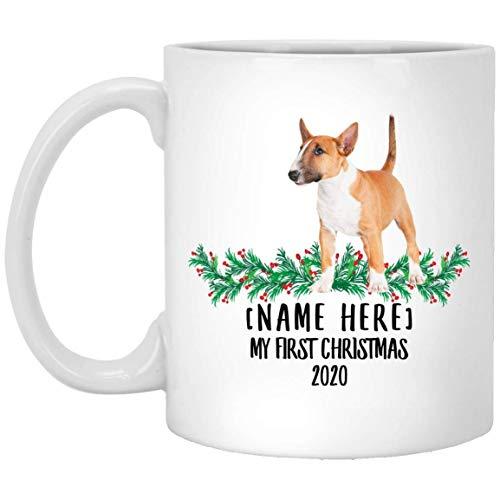 Divertido nombre personalizado Bull Terrier Blanco Rojo Primera Navidad 2020 Taza de café blanca 11 oz