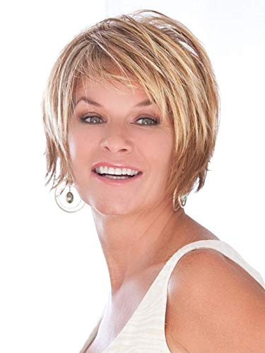 """Trendsetter Wig Color Medium Blonde Rooted - Toni Brattin Wigs 5"""" Short Straight Razoer Cut Shag Changelite 100% Heat Friendly Synthetic Chuncky Layers Natural Healthy Hair Peluca"""