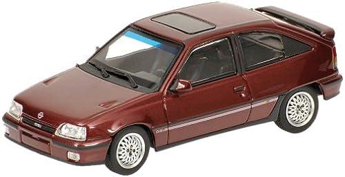 Opel Kadett GSi 1989 - Minichamps 1 43e