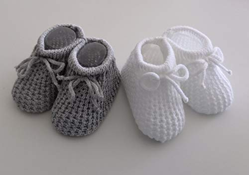 2 Paar Babyschuhe, gestrickt, Grau und Weiß, für Neugeborene