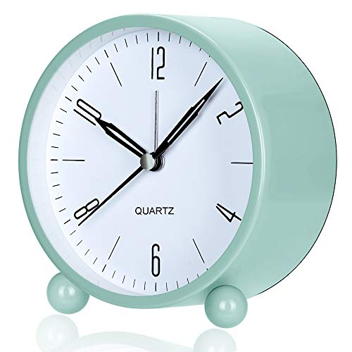 Outwit Alarm Clock, 4 Inch Round Battery Operated Analog Alarm Clock Silent Non Ticking, Easy Set and Night Light Function, Simple Stylish Design for Desk/Bedroom Gift Clock(Green)