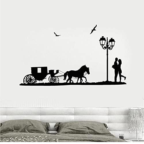 Pareja enamorada pegatina de pared carruaje de caballos calcomanía de vinilo decoración romántica del hogar accesorios de decoración de pared de dormitorio lámpara de calle pájaros 57x99cm