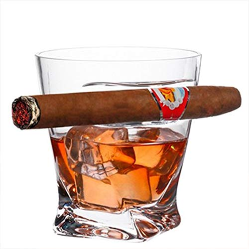 Copas de vino de cristal, gafas de whisky, copas de vino que pueden sostener cigarrillos.