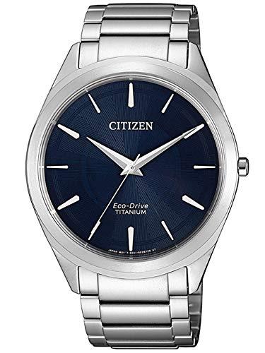 CITIZEN Herren Analog Eco-Drive Uhr mit Super Titanium Armband Silber Blau BJ6520-82L