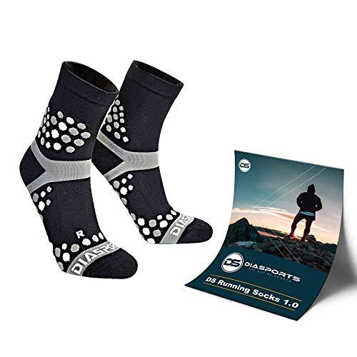 Diasports® Running Socks 1.0 mit 3D Dots für Maximalen Halt - Innovative Sportsocken für Deine ideale Performance - Laufsocken für Marathon Triathlon Trailrunning (Damen & Herren)