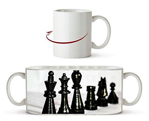 Schwarze Schachfiguren Effekt: Zeichnung als Motivetasse 300ml, aus Keramik weiß, wunderbar als Geschenkidee oder ihre neue Lieblingstasse.