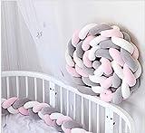 Cozywind 4m Protector para Cuna Bebé Trenzado Barandilla Cama Niño, Suave Cojín Infantil para Decoración, Foto Prop (blanco+gris+rosa, 4m)