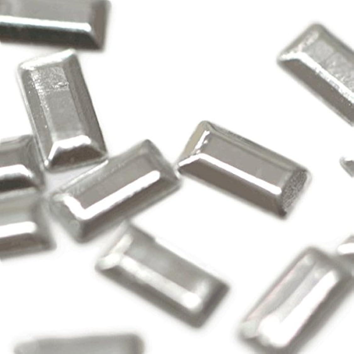 スクワイア放射能ペースメタルスタッズ 2mm×5mm レクタングル シルバー 約20粒