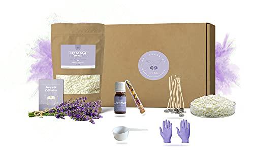 SCARMEL - Cera di soia di qualità premium in fiocchi 100% naturale, ecologico, 1 kg, olio essenziale lavandino, stoppini in puro cotone, fiori secchi per decorazione, cucchiaio dosatore