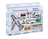 Daron RT1661-1 American Airlines  10pc Playset
