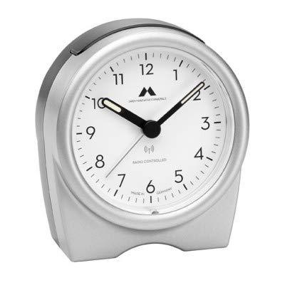 Uhren Manufaktur Schwarzwald Funk-Wecker rund – geräuschlos, kein nerviges Ticken - Made in Germany - Flüsterleises Uhrwerk, einfache Bedienung. (Silber)