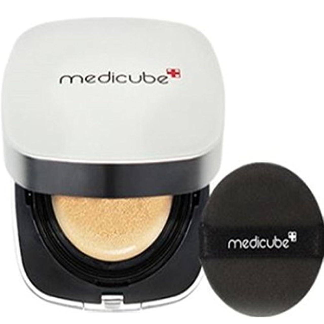 三十セマフォ大脳[Medicube メディキューブ] レッドクッション - シェード21号ライトベージュ / Red Cushion - Shade 21 Light Beige [並行輸入品]