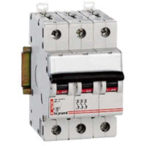 Legrand int.ctrol.pot.icp-m - Interruptor automático magnetotérmico icp-m tripolar 15a lexic