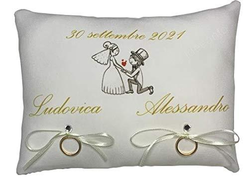 cuscino fedi nuziali portafedi personalizzato con il nome degli sposi e la data (01)