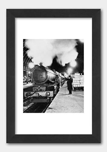 GWR's Flower Special train Paddington Station 1937 Poster Black Frame 29.7x42cm (A3) White