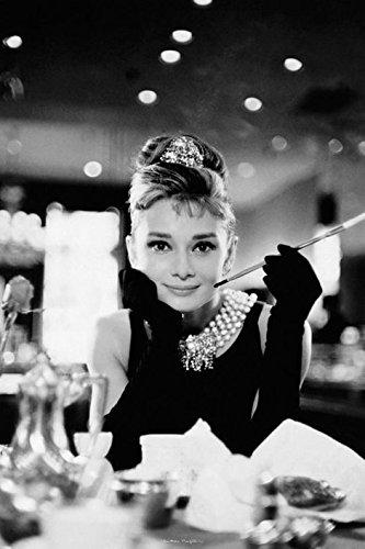 Audrey Hepburn Breakfast at Tiffany's - Maxi Poster - 61cm x 91.5cm
