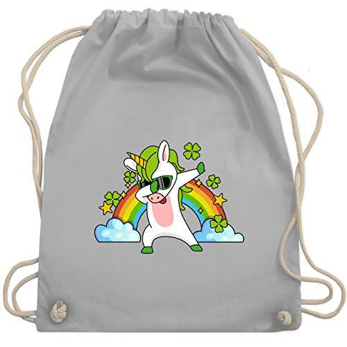 St. Patricks Day - Dabbendes Einhorn Kleeblatt Regenbogen - Unisize - Hellgrau - Fun - WM110 - Turnbeutel und Stoffbeutel aus Baumwolle