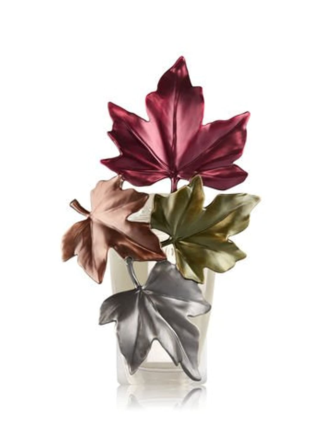 出席する宿メリー【Bath&Body Works/バス&ボディワークス】 ルームフレグランス プラグインスターター (本体のみ) ラージフォールリーブスナイトライト Wallflowers Fragrance Large Fall Leaves Night Light [並行輸入品]