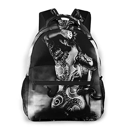 Mochila de viaje para computadora portátil,chica Yakuza tatuaje de una serpiente de un clan Sinoby sentada sobre una piedra en Water Fantasy,mochila de día antirrobo resistente al agua para empresas