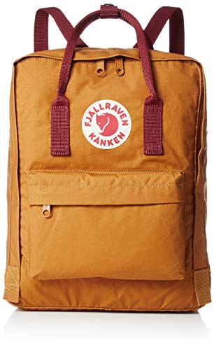 Photo of deep forest and tan acorn colored Fjallraven Kanken Classic Backpack