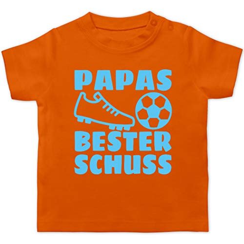 Vatertagsgeschenk Tochter & Sohn Baby - Papas Bester Treffer mit Fussball - hellblau - 18/24 Monate - Orange - Fußballschuh - BZ02 - Baby T-Shirt Kurzarm