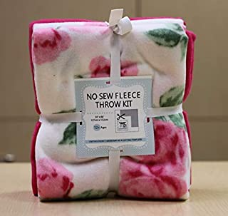 Pink Roses No-Sew Throw Fleece Fabric Kit (50x60)