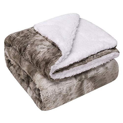 INLLADDY Kuscheldecke Kunstfell Flauschige Decke Zweiseitige Fleece Tagesdecke Super Weiche Warm mit doppelt genäht Fleecedecke für Schlafzimmer Sofa Sessel D 152 x 127 cm