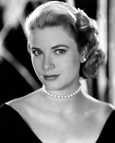 Posterazzi EVCPBDGRKEEC059H Rear Window Grace Kelly 1954 Photo Print, 8 x 10