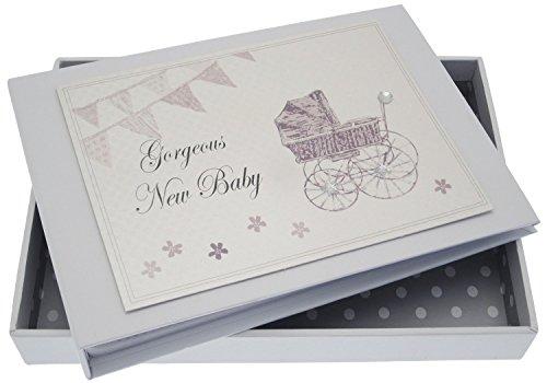 New Baby, mini fotoalbum, zilveren kinderwagen & wimpelketting